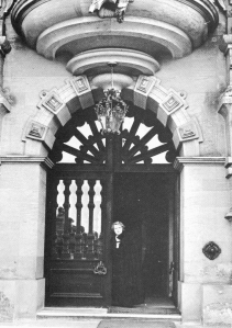 Violet Van der Elst at he main entrance door of her Grantham Castle